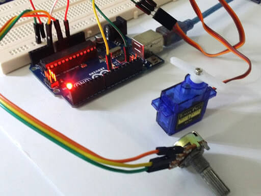 Arduino With Servo Motor Interface