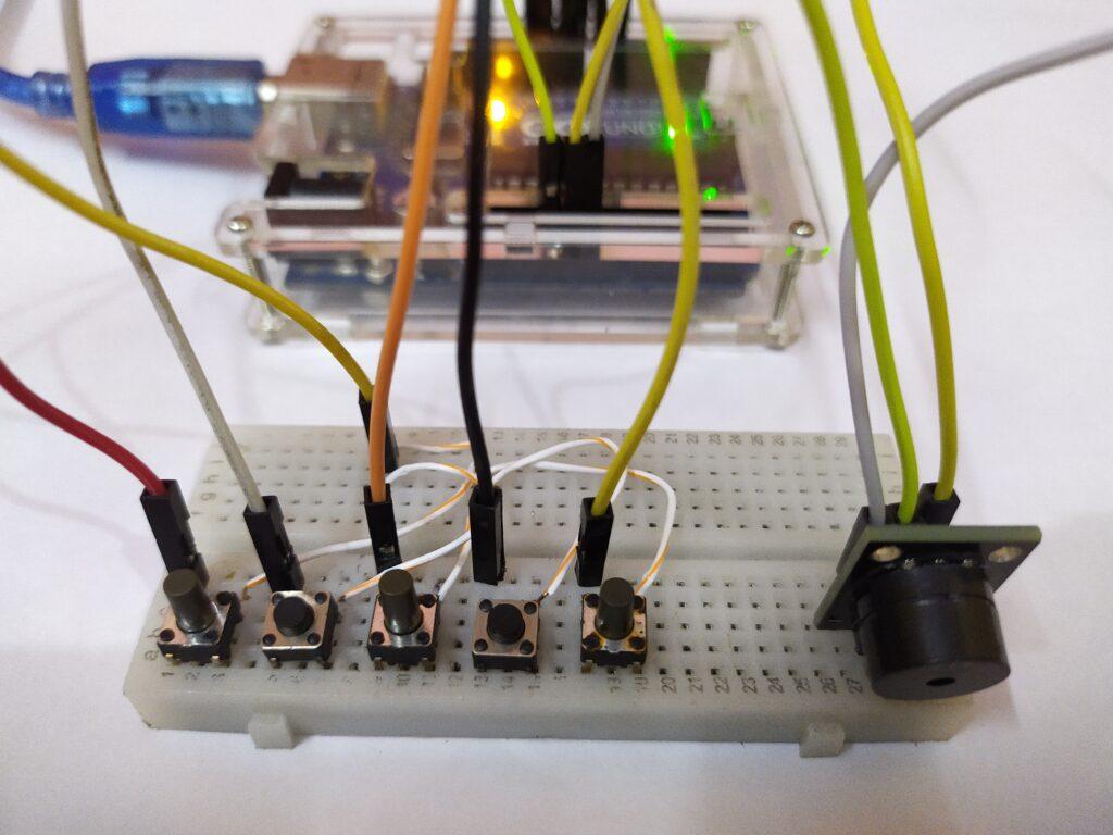 Piano Arduino based mini project