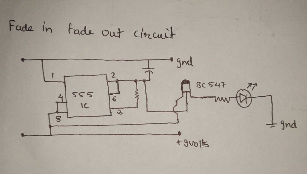 led fade in and out circuit